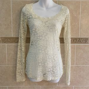 Wet Seal Cream Lace Long Sleeve Top